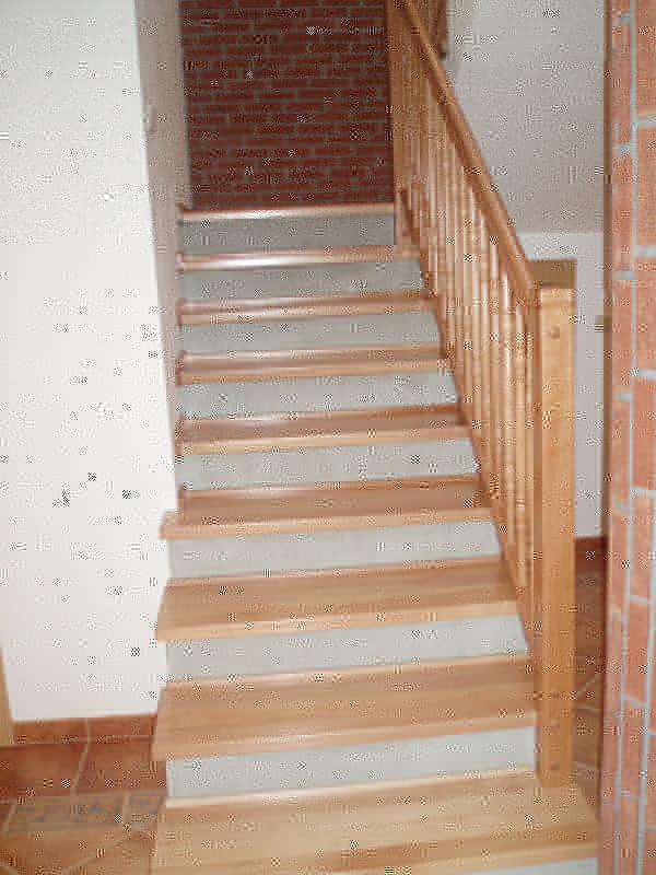 schody olepovane
